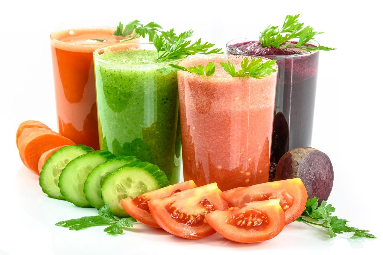Świeżo wyciskane soki warzywne